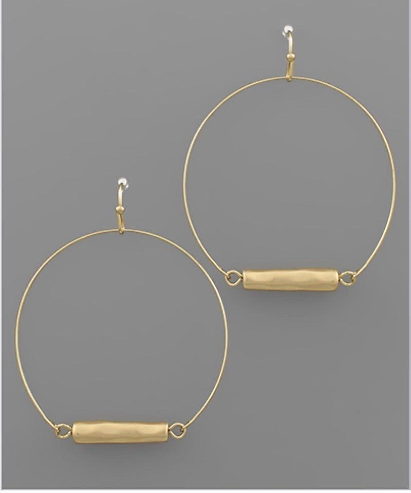Charming Gold Circle Earrings