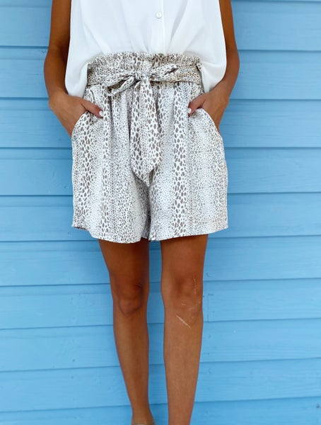 Carmen Tie Front Shorts- Taupe