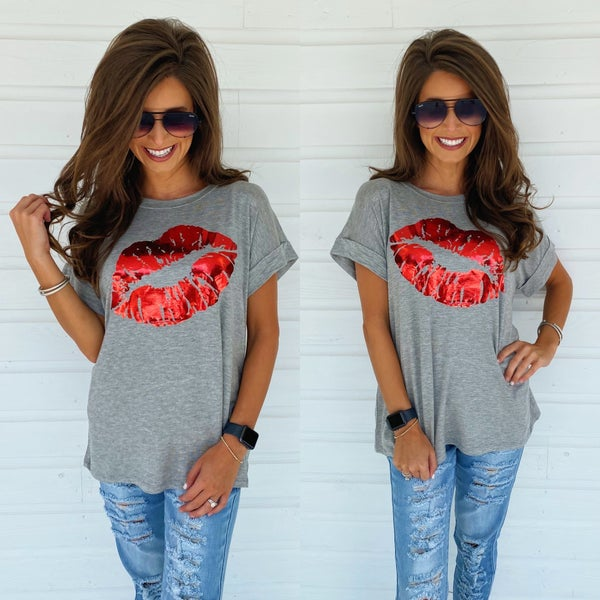 Metallic Lips Tee
