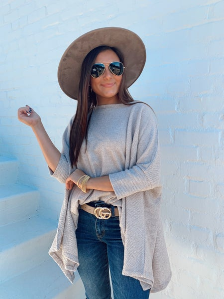 Feeling Free Knitted Top- Taupe
