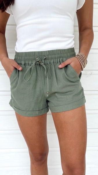Daisy Cuffed Shorts- Olive