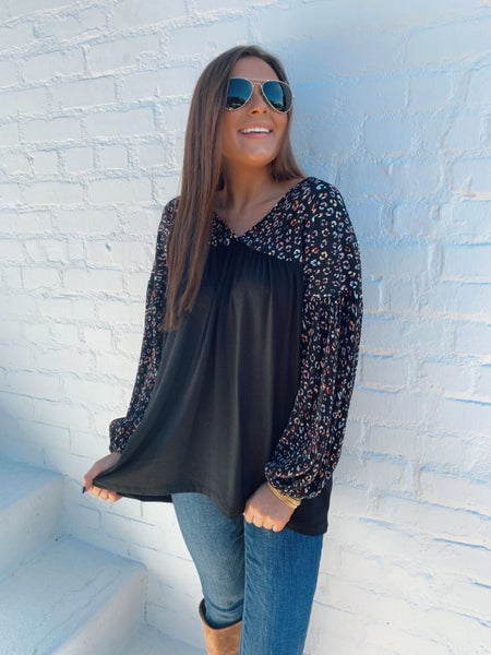 Black and Multicolored Textured Leopard Top