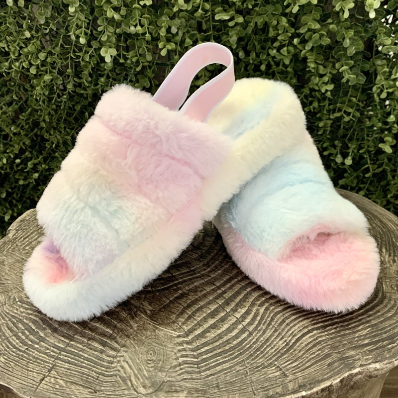 Snuggie Tie Dye Slippers