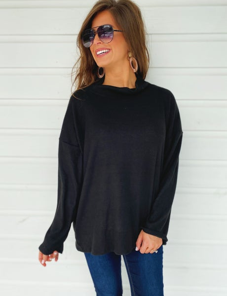 Britta Turtleneck Top- Black