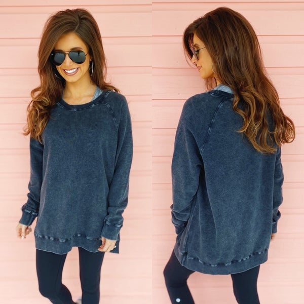 Stealing The Show Black Pullover
