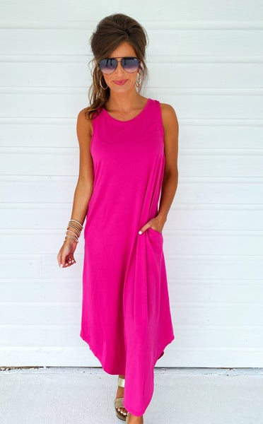 Keep Me Close Maxi- Fuchsia