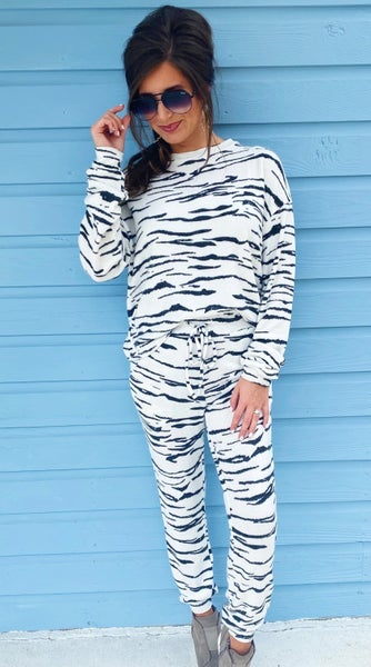 White Tiger Printed Set