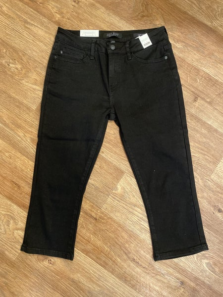 Judy Blue Mid Rise Black Denim Capris