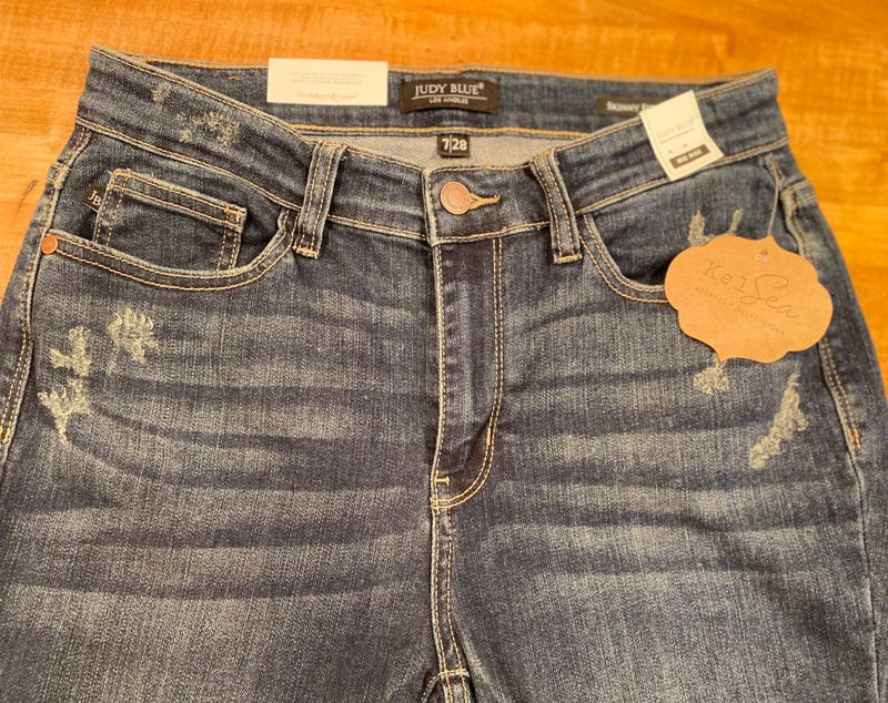 Judy Blue Mid Rise Destroyed Skinny