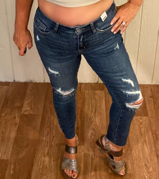 Judy Blue  Vintage Cut Off Relaxed Fit Jeans
