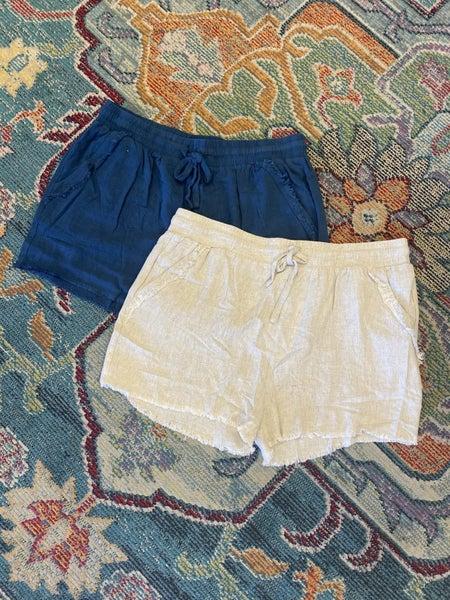 Umgee - Curvy Linen Blend Elastic Waistband Frayed Hem Shorts - 2 Colors