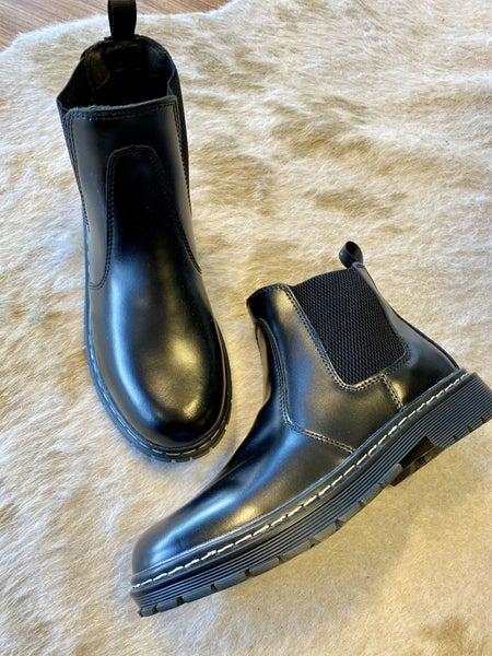 Black Slide Boot