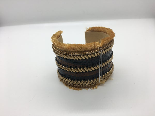 Gold Detailed Cuff Bangle