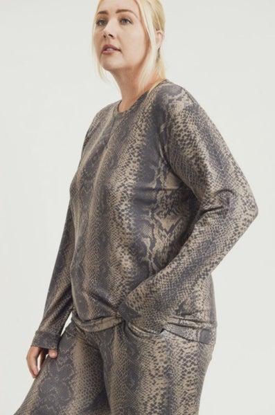 Mono B - Curvy Snake Print Pullover