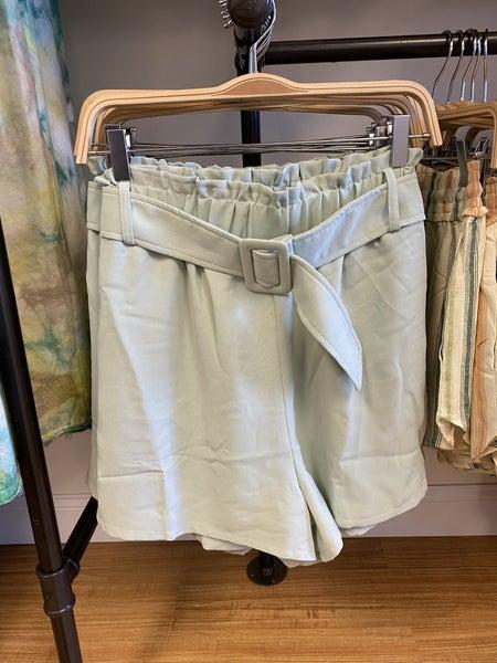 Entro - Elastic Waist Sage Shorts With Belt