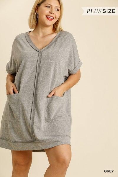Umgee - Curvy V Neck Dress With Pockets - 2 Colors