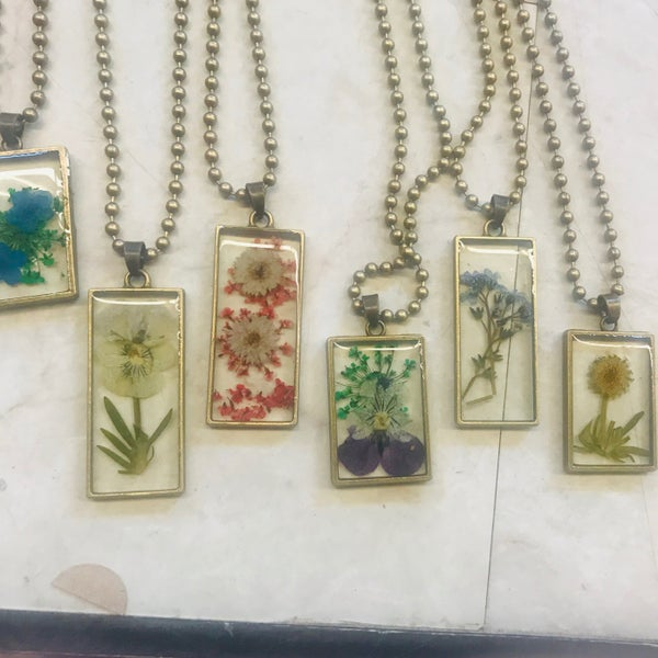 Dried Flower Square Pendant Necklace - 6 Styles