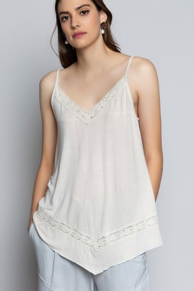 POL - Lace Trim Detailed Tank
