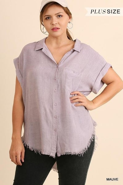 Umgee - Curvy Washed Button Up Short Sleeve Top with Frayed Hemline - 2 Colors