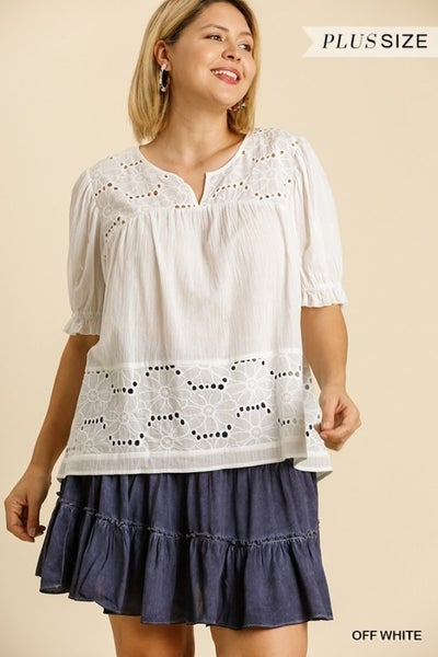 Umgee - Curvy Puff Sleeve Floral Lace Top