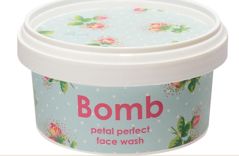 Bomb Cosmetics - Petal Perfect Face Wash