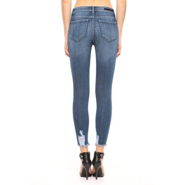 Distress Crop Skinny Jeans w/ Frayed Hem
