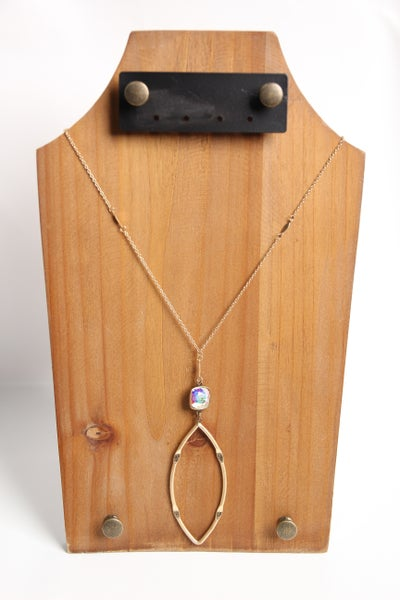 Stop & Stare Necklace Gold