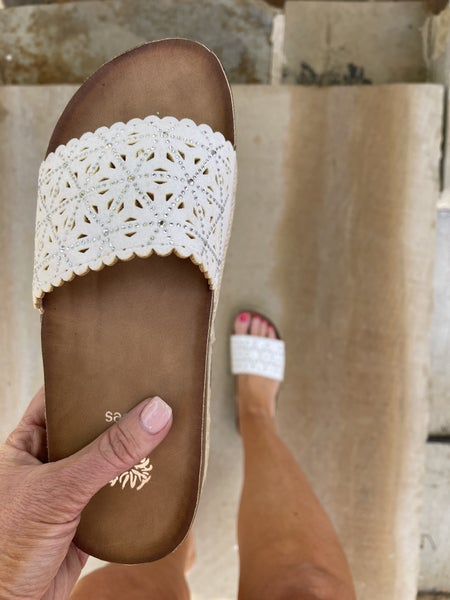 Wonderstruck Love Sandals