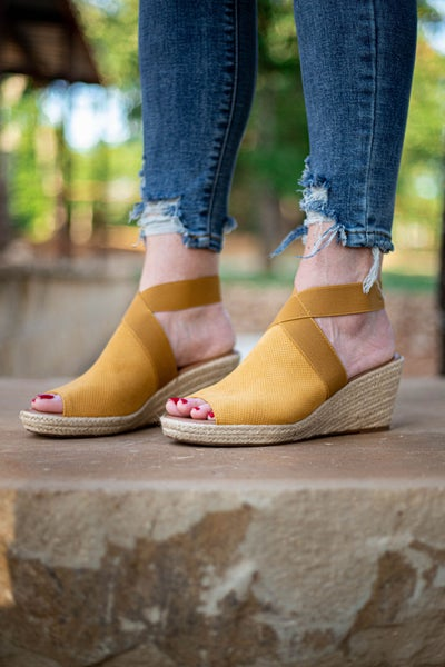 Sunny Day Wedges Mustard *Final Sale*