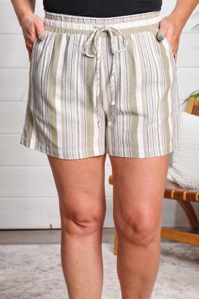 On the Fairway Shorts