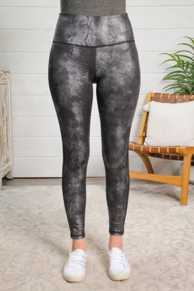 Worth The Chase Leggings