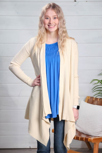 See The Beauty In Me Cardigan *Final Sale*