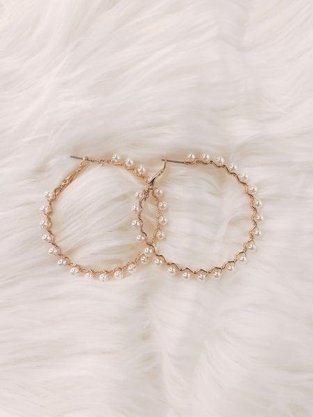 Heart of Pearls Earrings