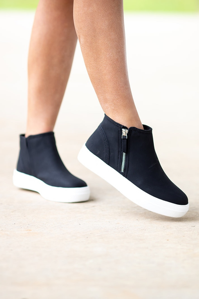 Cute Calling Sneaker - Black