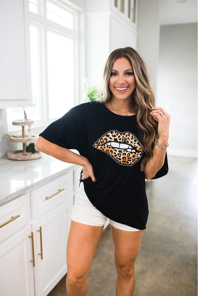 Leopard Lips Tee-Black
