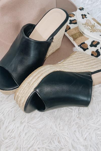 So Essential Heel-Black