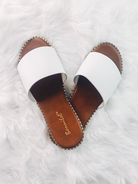Where You Go Sandals-White *Final Sale*