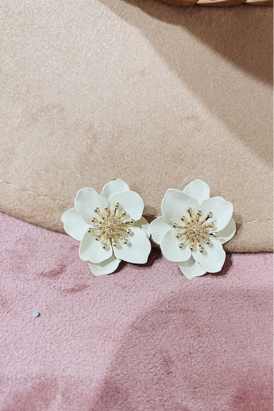 Charming Confidence Earrings-Ivory