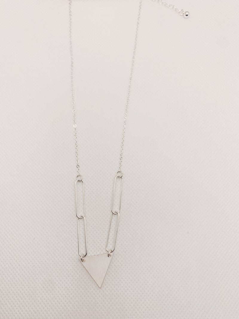 Claim The Look Necklace