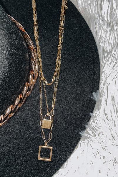 Aruba Love Necklace