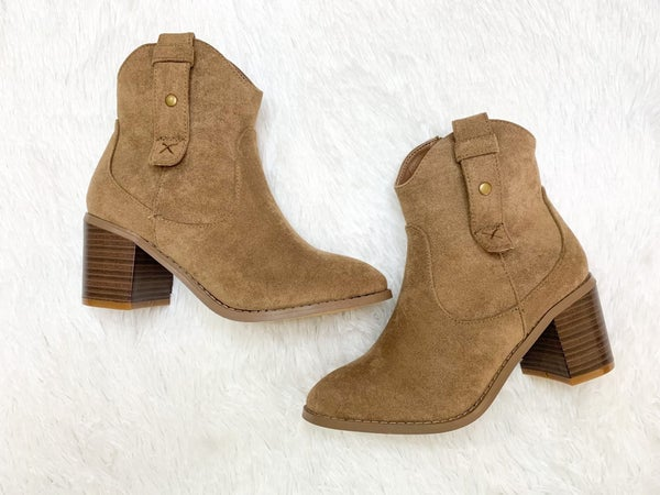 Play Your Cards Boots