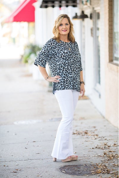 Clever Connection Top - Deal Of The Day - Tan/Grey