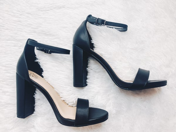 Classy & Sassy Heel-Black