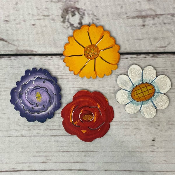 Round Top Charm Magnet Flowers