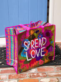 Jumbo Zip Tote Spread Love