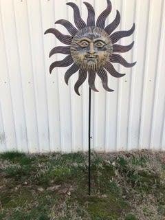 Metal Sun Face  Spinner Yard Stake