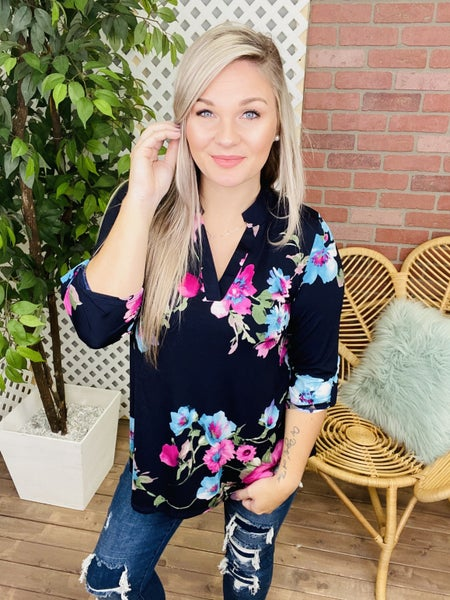 Share A Moment Floral Top