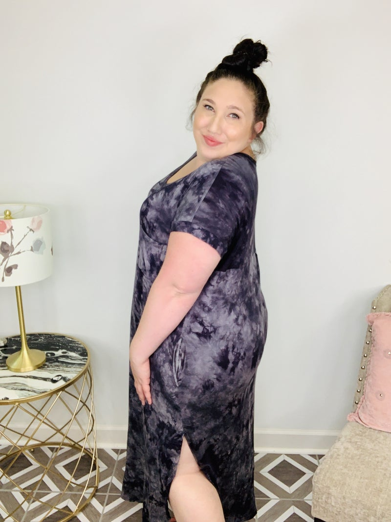 Black Tie-Dye Maxi Dress
