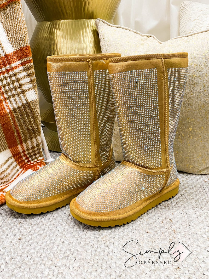 Dayday Fashion - Round toe mid calf snow boots with rhinestone details