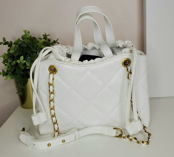 Illord - Natural textured soft shoulder bag
